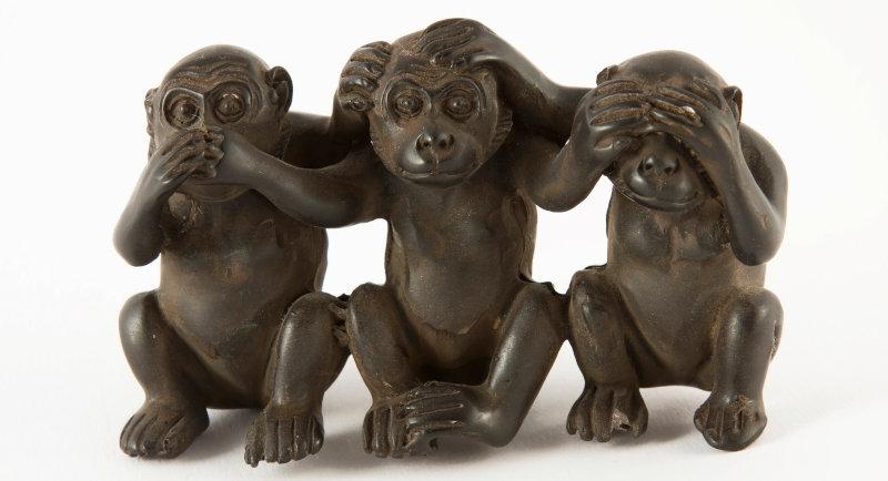 Image: Monkey figurines
